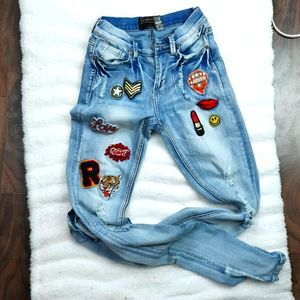 Distressed skinny jeans -cool patches  teen style